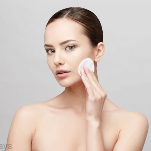 メイク崩れを解消!脂性肌の化粧下地の選び方とおすすめ10選